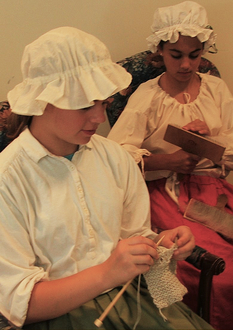 Colonial Girls Knitting